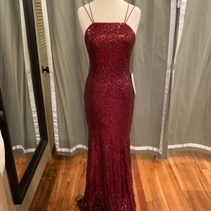 "Theia ""Jessica"" sequin gown in Garnet size 8"